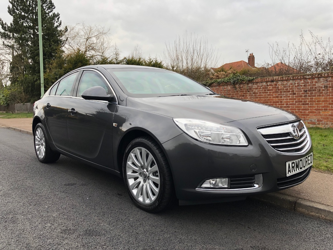 Vauxhall Insignia 2.0 CDTi SRi [160] ARMOURED 2,000 MILES, VAUXHALL SPECIAL BUILD Hatchback Diesel GreyVauxhall Insignia 2.0 CDTi SRi [160] ARMOURED 2,000 MILES, VAUXHALL SPECIAL BUILD Hatchback Diesel Grey at Diesels Direct Lowestoft